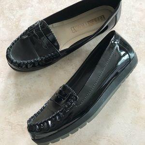 Ellen Tracey Black Loafers size 7